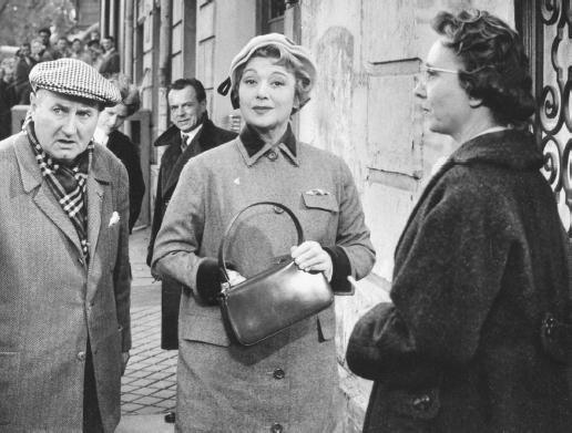 Claude Autant-Lara (left) on the set of En Cas de malheur