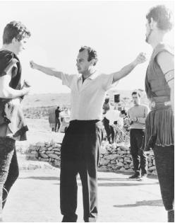 Michael Cacoyannis (center) on the set of Electra