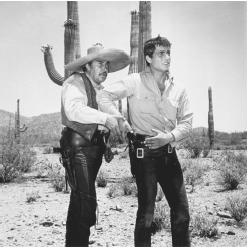 Emilio Fernández (left) on the set of The Reward