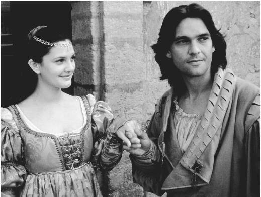 Drew Barrymore and Dougray Scott in Ever After: A Cinderella Story