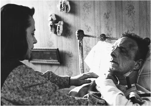 Kathy Bates and James Caan in Misery