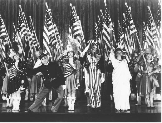 James Cagney with Joan Leslie, Walter Huston, and Rosemary Decamp in Yankee Doodle Dandy