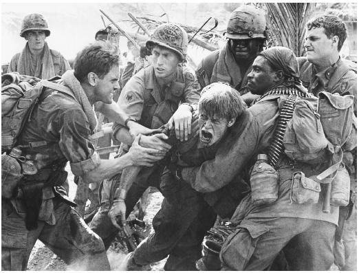 Willem Dafoe (center) in Platoon