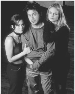 Robert Downey, Jr. with Natasha Gregson Wagner (left) and Heather Graham in Two Girls and a Guy