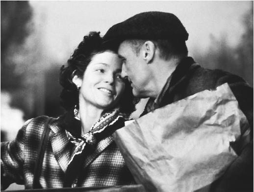 Dennis Hopper with Amy Irving in Carried Away