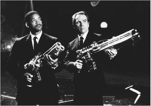 Tommy Lee Jones (right) and Will Smith in Men in Black