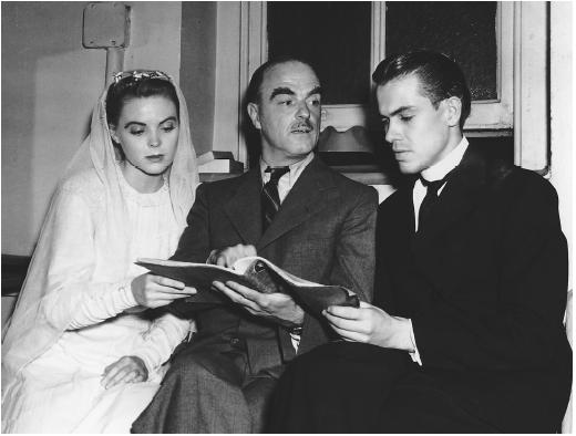 Dorothy McGuire with Thornton Wilder (center) and John Craven on the set of Our Town