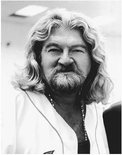 Joe Eszterhas Net Worth